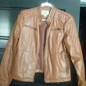Leather jacket. Camel colored